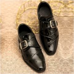 1/3 size Bright black formal leather shoes